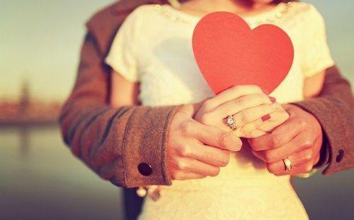 有一种思念叫肝肠寸断,有一种感受叫有你真好;动人的爱情说说