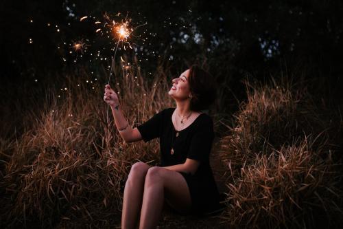 人不一定要生得漂亮,但却一定要活得漂亮;励志短句,看完立即收藏