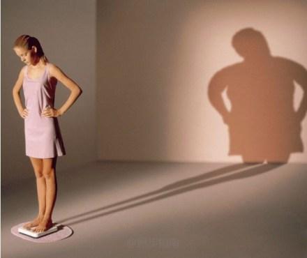誓死减肥励志语录:你的情敌比你瘦,还不滚去减肥!