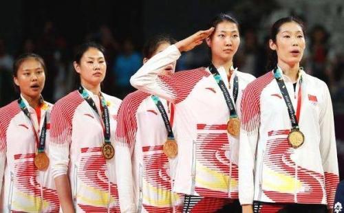 女排朱婷成长故事:从农村女孩到世界冠军